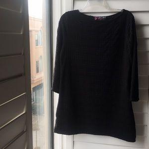 Black woven Peck & Peck tunic like top